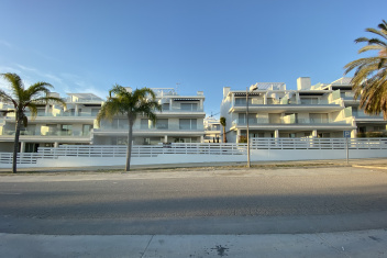 Estepona, Cancelada, 2 Bedrooms Bedrooms, ,2 BathroomsBathrooms,Penthouse,For Sale,1090