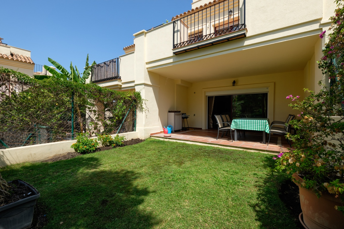 Marbella, Nueva Andalucía, 3 Bedrooms Bedrooms, ,3.5 BathroomsBathrooms,Townhouse,For Sale,1139