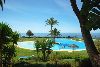 Marbella East, Cabopino, 2 Bedrooms Bedrooms, ,2 BathroomsBathrooms,Apartment,For Sale,1071