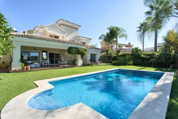 Benahavís, La Quinta, 4 Bedrooms Bedrooms, ,3.5 BathroomsBathrooms,Villa,For Sale,1076