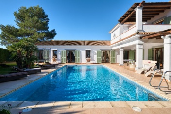 Sotogrande, Sotogrande, 4 Bedrooms Bedrooms, ,3.5 BathroomsBathrooms,Villa,For Sale,1079